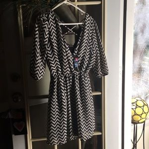 Ladies Large Chevron Dress